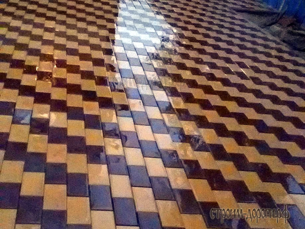 Устройство покрытия тротуарной плитки